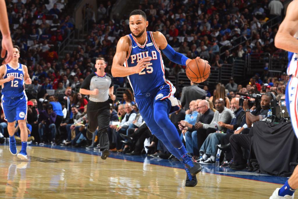 PHILADELPHIA, PA - OCTOBER 18: Ben Simmons #25 of the Philadelphia 76ers drives to the basket against the Chicago Bulls on October 18, 2018 at the Wells Fargo Center in Philadelphia, Pennsylvania