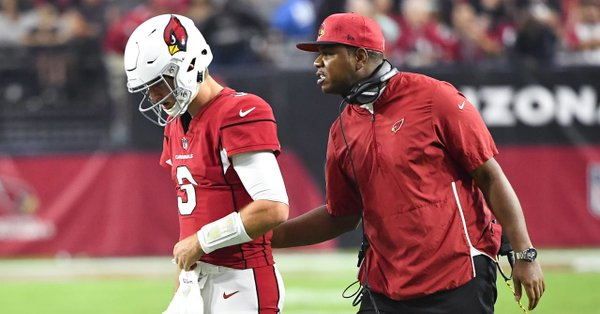 Cardinals demitem McCoy e promovem Byron Leftwich