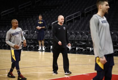 Mike Malone responde a crítica de Patrick Beverley sobre Nikola Jokic - The Playoffs