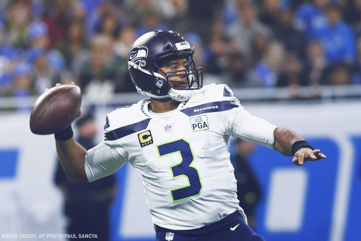 Quarterback do Seattle Seahawks Russell Wilson em ação na vitória sobre o Detroit Lions na semana 8 da NFL 2018