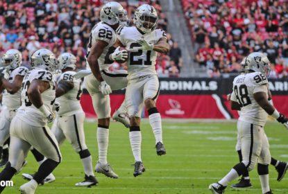 Carlson acerta chute com cronômetro zerado e Raiders vencem Cardinals fora de casa - The Playoffs