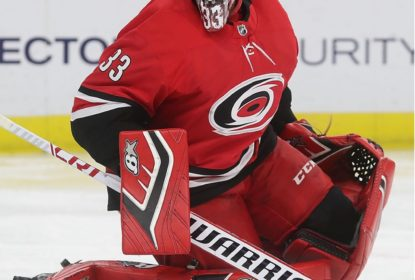 Carolina Hurricanes coloca goleiro Scott Darling em lista de dispensa - The Playoffs