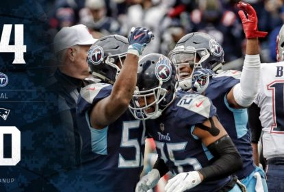 Titans surpreendem e vencem Patriots por 34 a 10 - The Playoffs