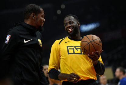 LOS ANGELES, CA - NOVEMBER 12: Kevin Durant #35 of the Golden State Warriors talks to his teamate Draymond Green during warm up before the game against the Los Angeles Clippers on November 12, 2018 at STAPLES Center in Los Angeles, California. NOTE TO USER: User expressly acknowledges and agrees that, by downloading and or using this photograph, User is consenting to the terms and conditions of the Getty Images License Agreement.