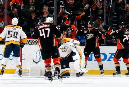 Em ótima noite, John Gibson lidera Ducks em vitória contra Predators - The Playoffs
