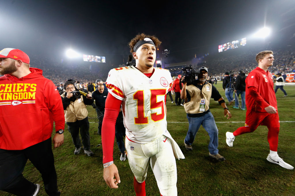 LOS ANGELES, CA - NOVEMBER 19: Patrick Mahomes #15 of the Kansas City Chiefs walks off the field after being defeated by the Los Angeles Rams 54-51 in a game at Los Angeles Memorial Coliseum on November 19, 2018 in Los Angeles, California