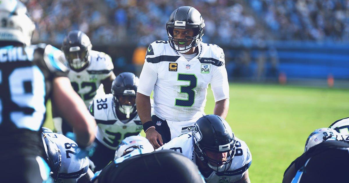 Quarterback do Seattle Seahawks Russell Wilson durante vitória sobre o Carolina Panthers pela semana 12 da NFL 2018