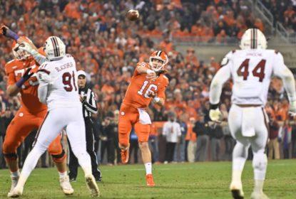 Clemson Tigers supera South Carolina Gamecocks em shootout pela semana 13 da temporada 2018 do college football