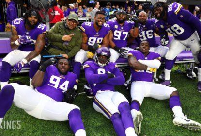 Com grande atuação defensiva, Vikings derrotam Lions - The Playoffs