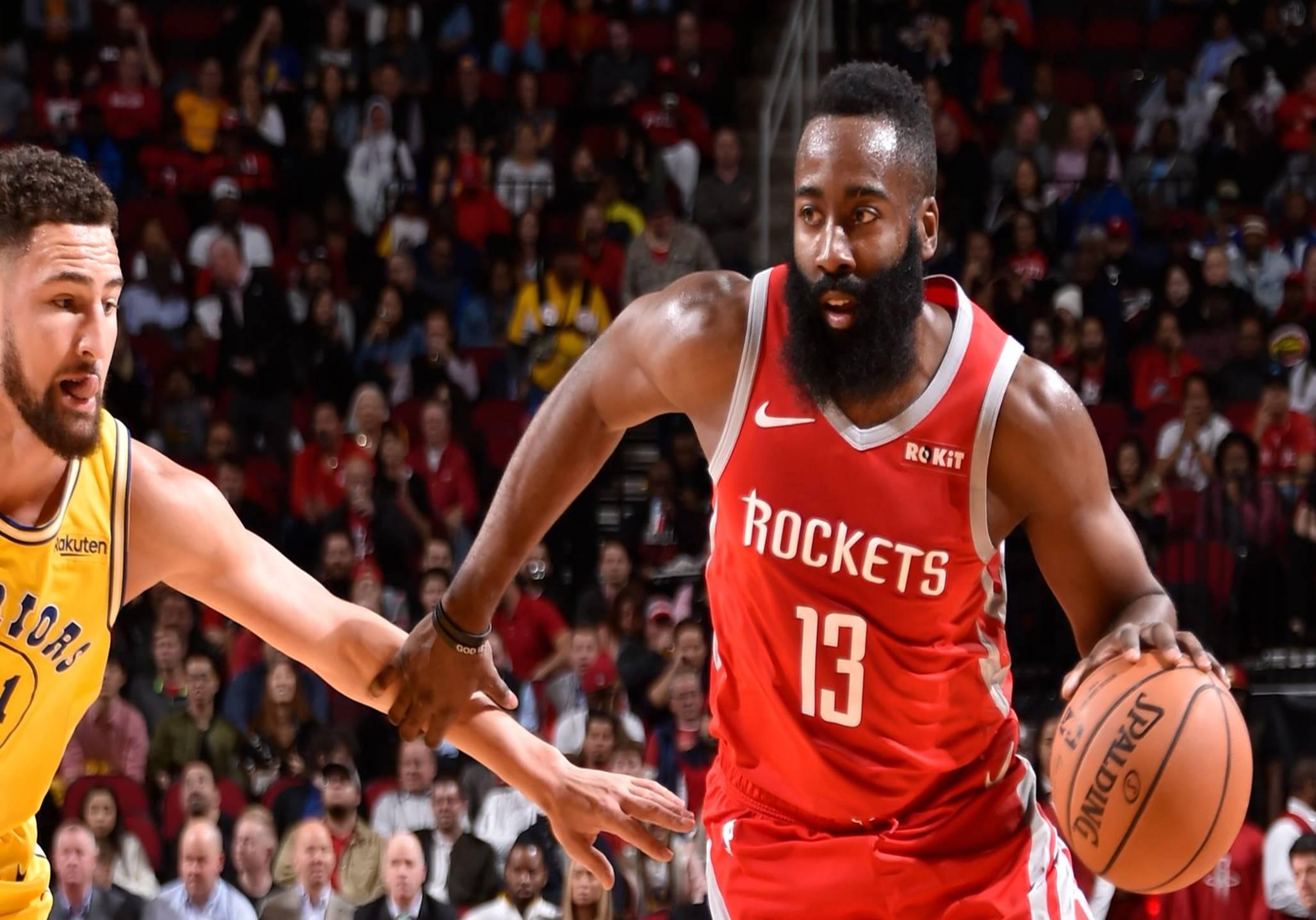 Com excelente terceiro quarto de James Harden, Rockets derrotam Warriors - The Playoffs
