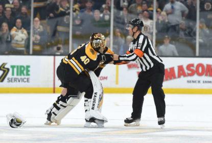 Rara briga entre goleiros quase aconteceu em partida da NHL - The Playoffs