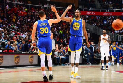 Curry brilha, trio decide e o Golden State Warriors despacha o Atlanta Hawks - The Playoffs