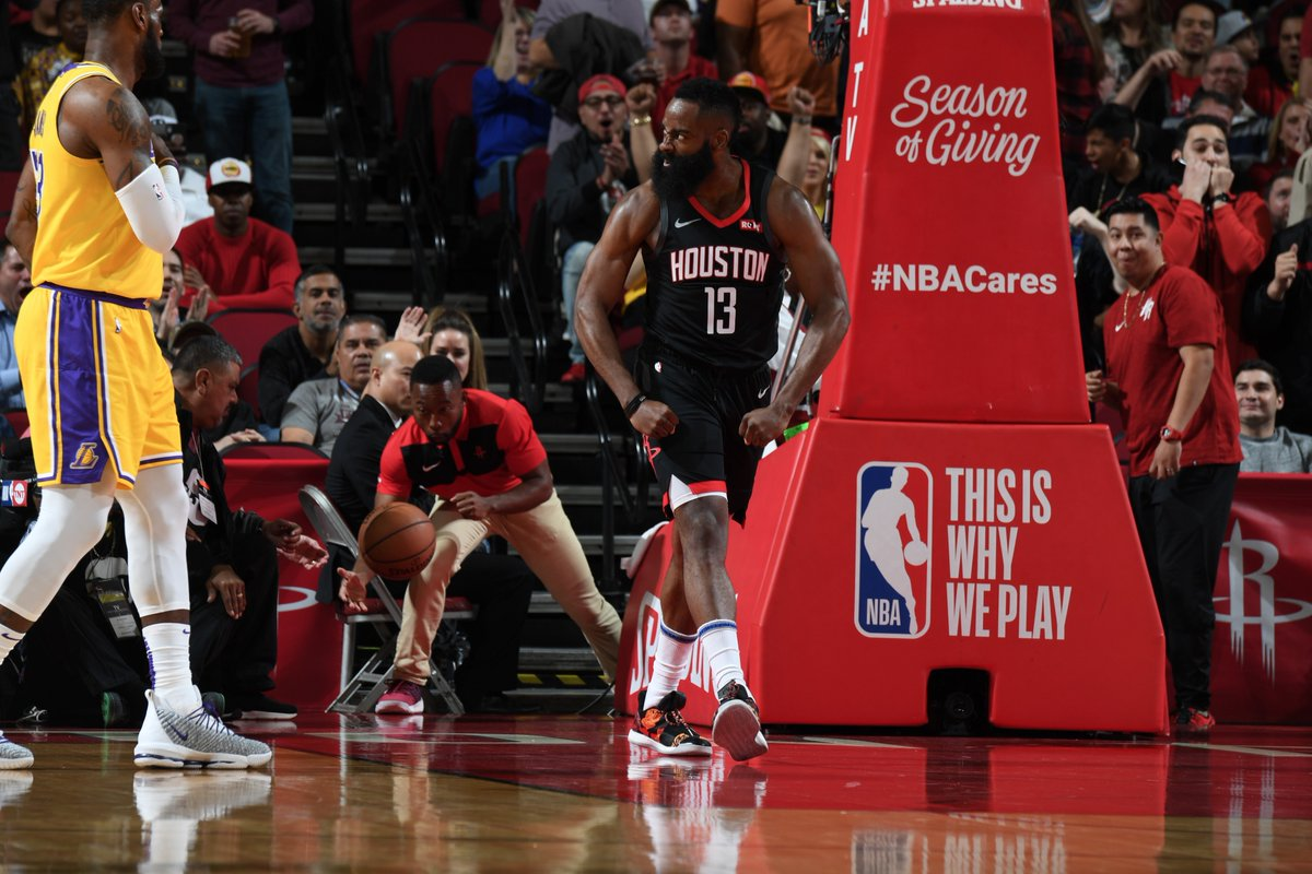 28569f6f10a9 Harden anota triple-double com 50 pontos e Rockets vencem os Lakers