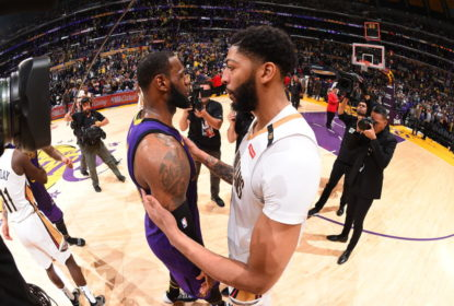LOS ANGELES, CA - DECEMBER 21: LeBron James #23 of the Los Angeles Lakers and Anthony Davis #23 of the New Orleans Pelicans shake hands after a game on December 21, 2018 at STAPLES Center in Los Angeles, California