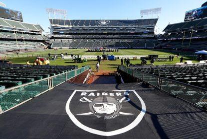 Oakland entra com processo contra os Raiders por mudança para Las Vegas - The Playoffs