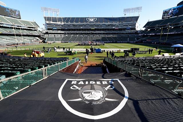 49ers se posicionam contrários à ida dos Raiders para San Francisco - The Playoffs