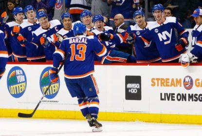 Mathew Barzal marca duas vezes e Islanders derrotam Senators - The Playoffs