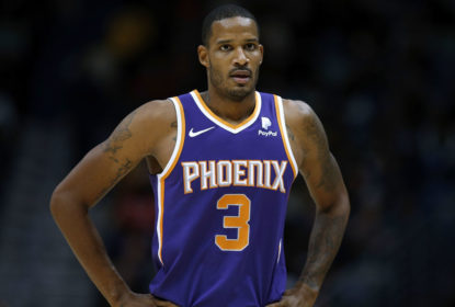 NEW ORLEANS, LA - NOVEMBER 10: Trevor Ariza #3 of the Phoenix Suns reacts during the second half against the New Orleans Pelicans at the Smoothie King Center on November 10, 2018 in New Orleans, Louisiana