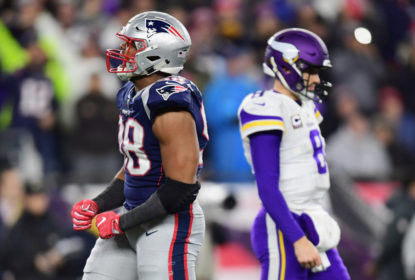 FOXBOROUGH, MA - DECEMBER 02: Trey Flowers #98 of the New England Patriots reacts in front of Kirk Cousins #8 of the Minnesota Vikings during the second half at Gillette Stadium on December 2, 2018 in Foxborough, Massachusetts