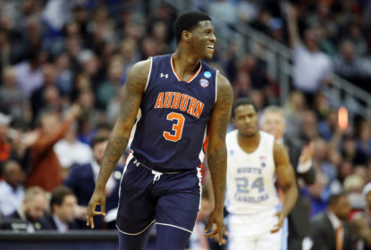 KANSAS CITY, MISSOURI - MARCH 29: Danjel Purifoy #3 of the Auburn Tigers celebrates against the North Carolina Tar Heels during the 2019 NCAA Basketball Tournament Midwest Regional at Sprint Center on March 29, 2019 in Kansas City, Missouri