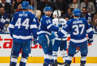 Em clima de playoffs, Tampa Bay Lightning goleia Toronto Maple Leafs - The Playoffs