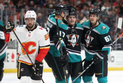 Com bela atuação de Miller, Ducks vencem Flames - The Playoffs
