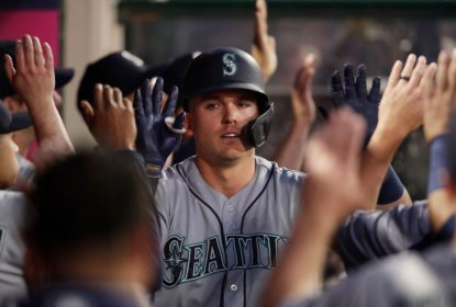 Ryon Healy se destaca no bastão e Mariners derrotam Angels - The Playoffs