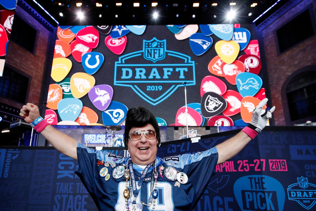 NASHVILLE, TN - APRIL 25: A Tennessee Titans fan gets ready for the first round of the NFL Draft on April 25, 2019 in Nashville, Tennessee.