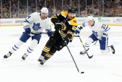 Bruins goleiam Maple Leafs e garantem vaga na 2ª rodada do Leste - The Playoffs
