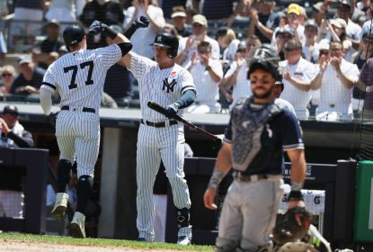 New York Yankees vence San Diego Padres no Memorial Day - The Playoffs