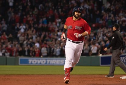 Red Sox trocam Moreland com o San Diego Padres - The Playoffs