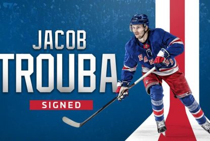 Jacob Trouba acerta contrato de sete anos com os Rangers - The Playoffs