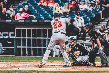 Com 3 home runs de Nelson Cruz, Twins derrotam White Sox por 10 a 3 - The Playoffs