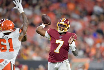 CLEVELAND, OHIO - AUGUST 08: Quarterback Dwayne Haskins #7 of the Washington Redskins passes during the second half of a preseason game against the Cleveland Browns at FirstEnergy Stadium on August 08, 2019 in Cleveland, Ohio. The Browns defeated the Redskins 30-10