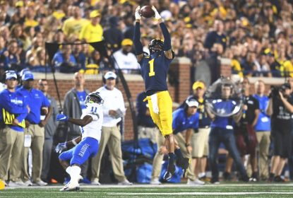 Patterson cresce na hora certa e Michigan vence na estreia - The Playoffs