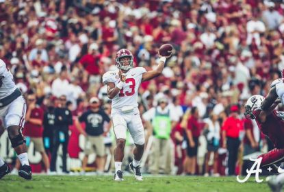 Alabama vence South Carolina, com Tagovailoa brilhante em campo - The Playoffs