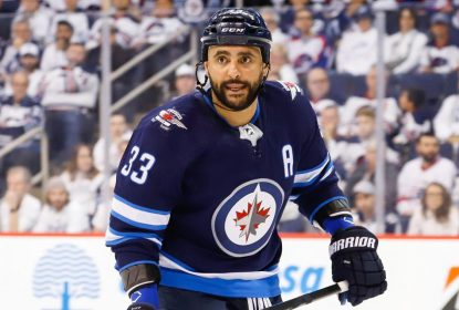 Jets suspendem Byfuglien por não participar do training camp - The Playoffs