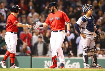 Com boas quarta e quinta entradas, Red Sox derrotam os Yankees - The Playoffs