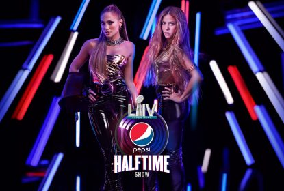 NFL anuncia Jennifer Lopez e Shakira para show do intervalo do Super Bowl LIV - The Playoffs