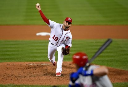 WASHINGTON, DC - SEPTEMBER 25: Anibal Sanchez #19 of the Washington Nationals pitches during the fourth inning against the Philadelphia Phillies at Nationals Park on September 25, 2019 in Washington, DC