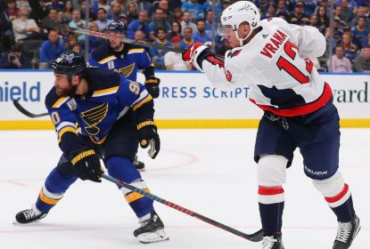 Capitals vencem Blues em primeiro jogo da temporada regular - The Playoffs