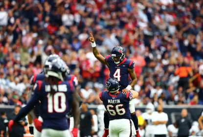 Houston Texans viram sobre Oakland Raiders, no NRG Stadium, 27 a 24, na Semana 9 da NFL 2019