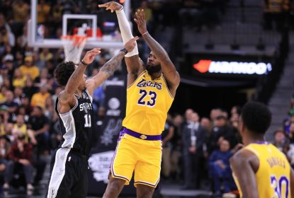 LeBron James - Los Angeles Lakers - San Antonio Spurs