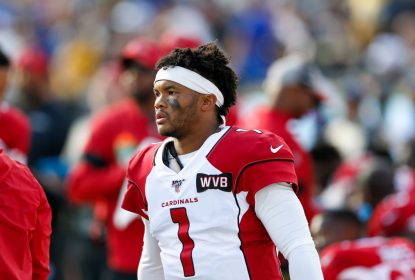 LOS ANGELES, CA - DECEMBER 29: Arizona Cardinals quarterback Kyler Murray (1) during an NFL game between the Arizona Cardinals and the Los Angeles Rams on December 29, 2019, at the Los Angeles Memorial Coliseum in Los Angeles, CA