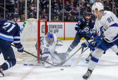 Lightning massacra Jets fora de casa e mantém boa fase - The Playoffs
