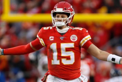 Patrick Mahomes treina, mas segue em protocolo de concussão - The Playoffs