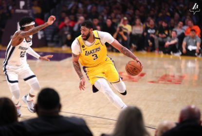 LeBron e Davis brilham e Lakers vencem Grizzlies - The Playoffs
