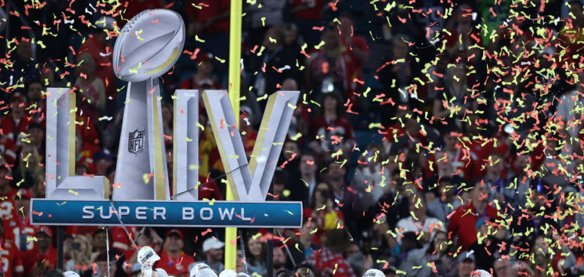MIAMI, FLORIDA - FEBRUARY 02: The Kansas City Chiefs celebrate after defeating the San Francisco 49ers 31-20 in Super Bowl LIV at Hard Rock Stadium on February 02, 2020 in Miami, Florida. (Photo by Al Bello/Getty Images)