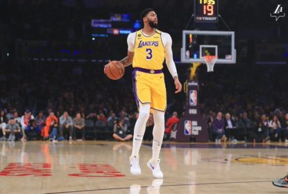 Com segundo quarto espetacular e comandados por Anthony Davis, Lakers batem Sixers - The Playoffs