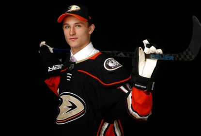 Trevor Zigras assina contrato de entrada com o Anaheim Ducks - The Playoffs